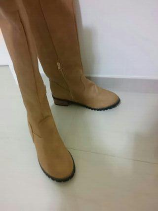 Botas altas a estrenar regalo zapatos nuevos