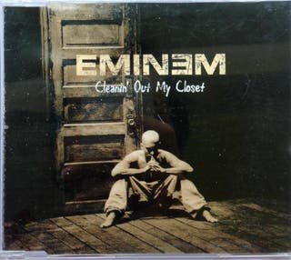 CD Eminem Cleanin' out closet