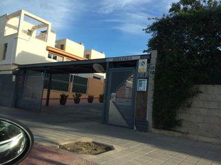 Garaje Alquiler Conrado Albadalejo adelfas golf 2