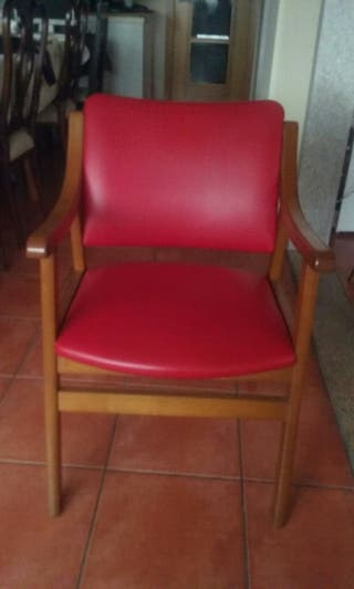 sillón de madera muy comodas