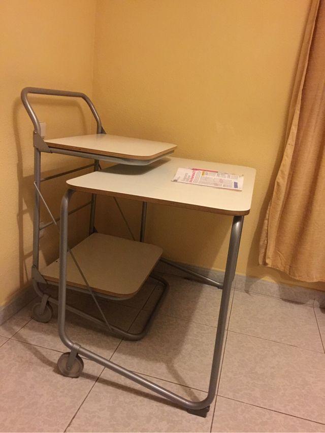 Mesa de estudio ordenador/ portátil
