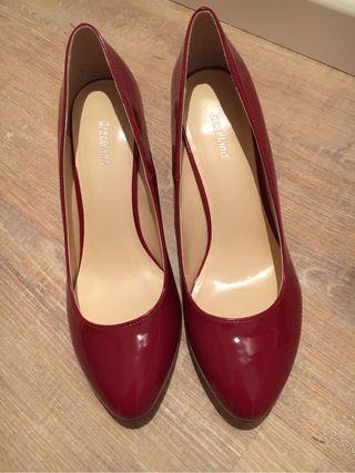Zapatos charol rojos