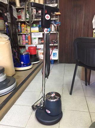 Fregadora moqueta alquiler cepillo naylon acil