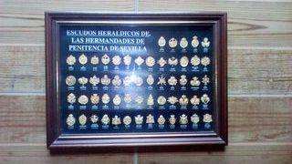 Escudos hermandades de penitencia de Sevilla.