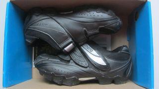 Zapatillas Shimano SH-M077 con calas Shimano SPD