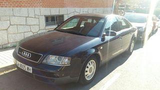 Audi A6 quattro 2.4i