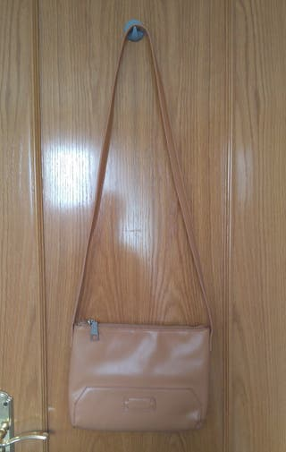 Bolso Gloria Ortiz color camel