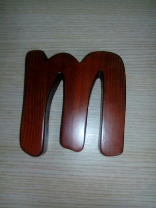 M de madera