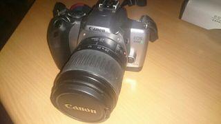 Camara de fotos analogica reflex