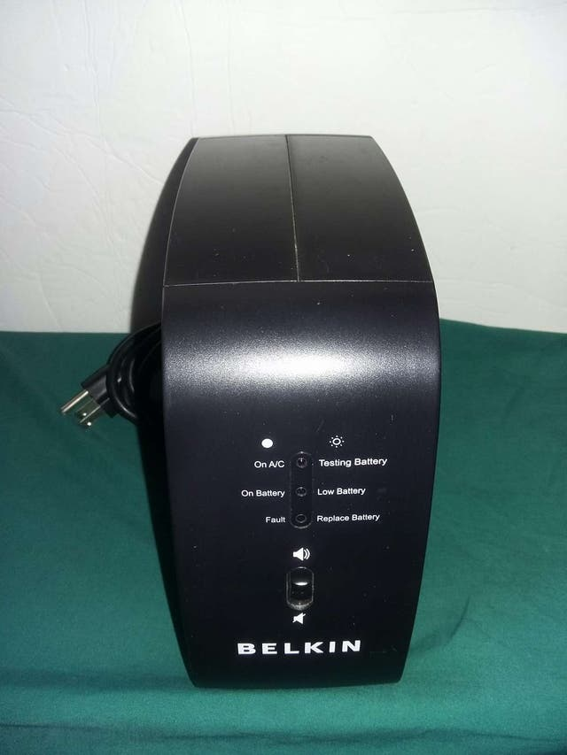 Belkin RG battery backup revision B 12V DC UPS second hand for $15