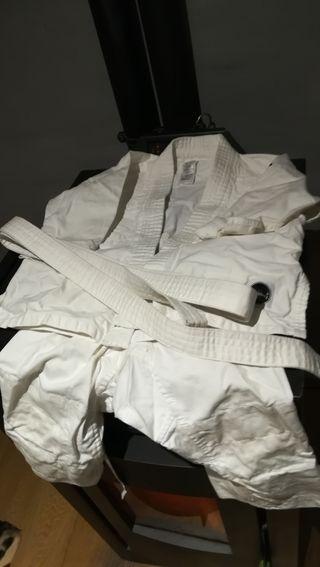 Traje Judo T 3-4 años.
