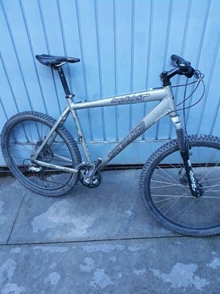 Bicicleta de montaña (BTT)