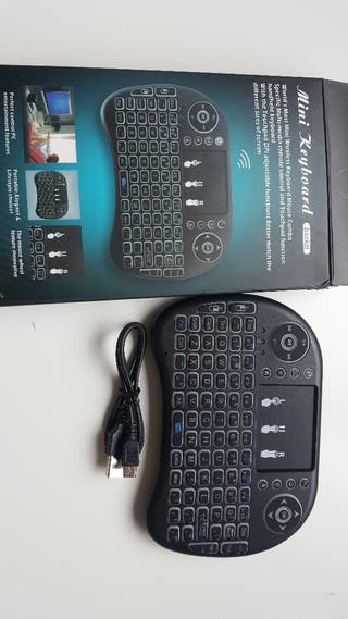Keyboard con TouchPad