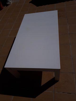 mesa central blanca