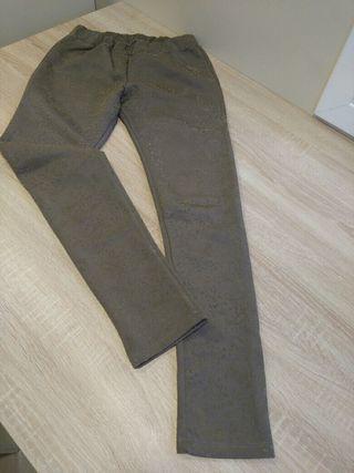 Pantalon.