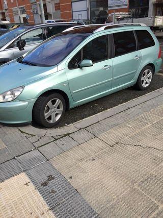 Peugeot 307 2004.2.0 110cv. 240.000km 7 plazas