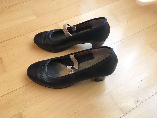 zapatos danza española de segunda mano por 10 en zaragoza en wallapop