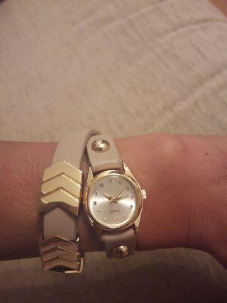 Reloj ajustable