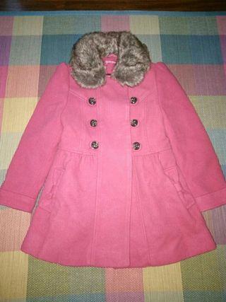 abrigo fucsia talla 4-5