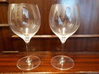 6 Copas de vino tinto o Gin Tonic