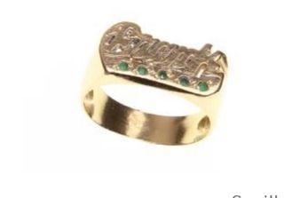 anillo de oro con el nombre de fran ,francisco