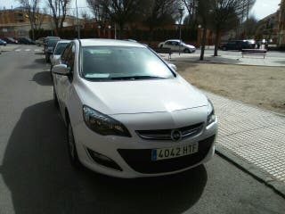 Opel Astra Bussines 2013