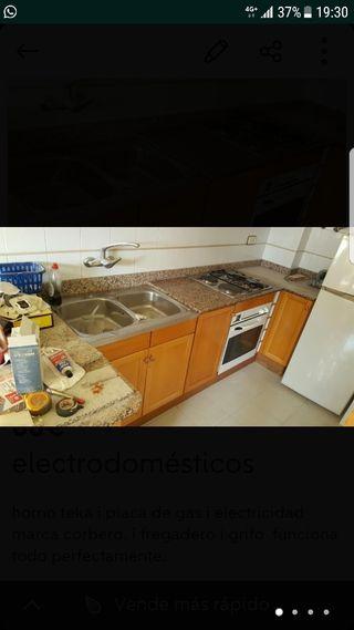 Grifo cocina i fregadera horno i vitro
