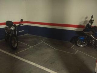 Alquilo parcela garaje para Moto, Etxebarri.