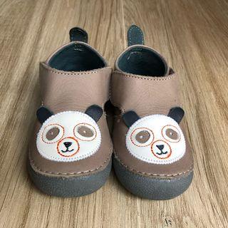 zapatillas patucos piel bebé talla 20
