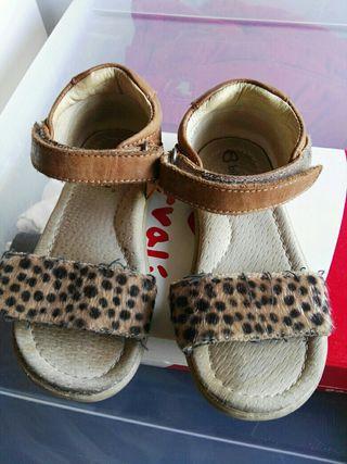 Dos pares zapatos n24