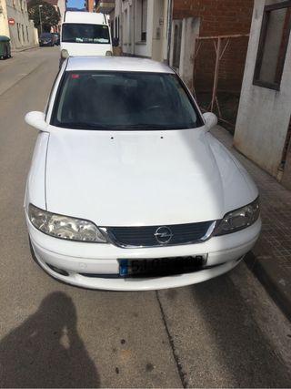 Opel Vectra B. 1.8 Elegance Del 2000