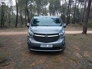 Opel Vivaro 2015 9plazas 115cv