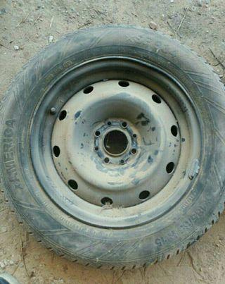 1 rueda 185-65-15 SIN USAR