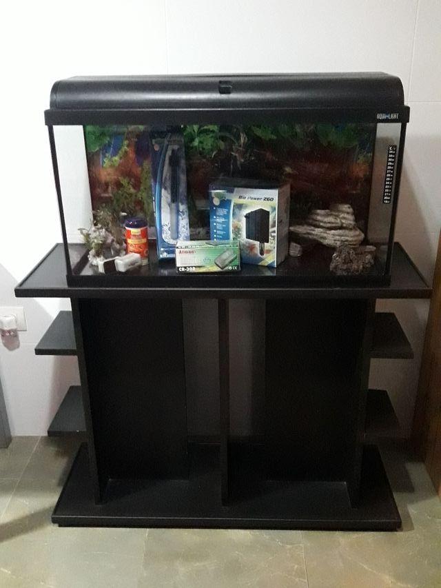 mueble acuario 100 litros de segunda mano por 115 en