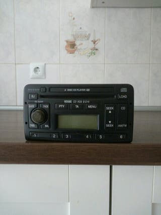 se vende radio cassette Ford original