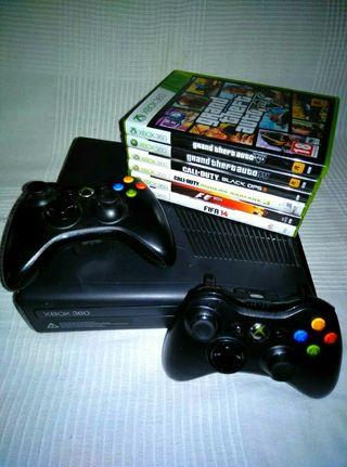 xBox360 + 6 juegos originales+ 2 mandos originales