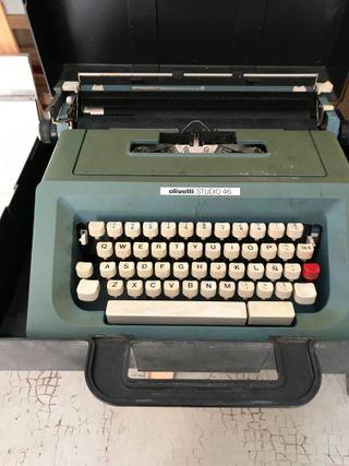 Maquina escribir olivetti STUDIO 46