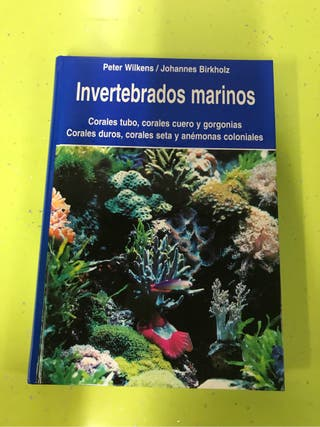 Libro sobre acuarios