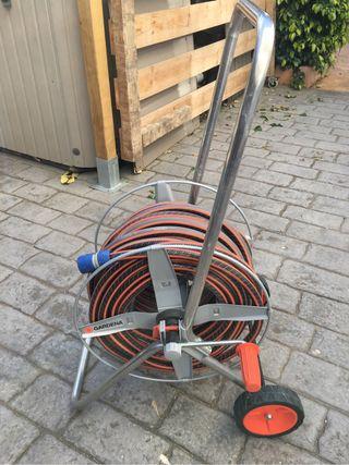 Carro portamanguera metálico Gardena