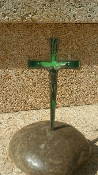 Crucifijo de plata esmaltada