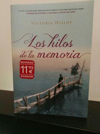 libro (dos en uno)Victoria Hislop y Elena Santiago