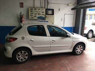Peugeot 206 plus 5p 2012