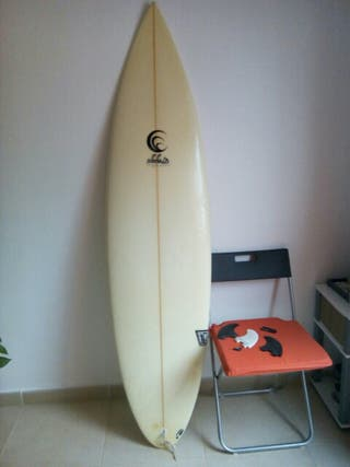 Se vende tabla de Surf Aleluia + funda