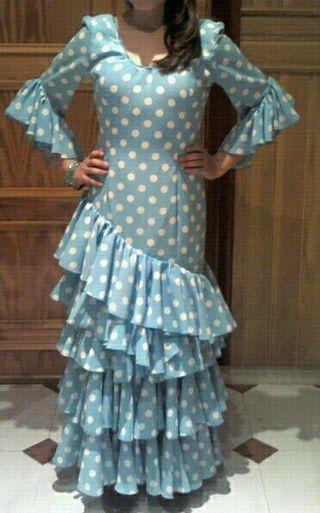 precioso vestido sevillana , no hace falta plancha
