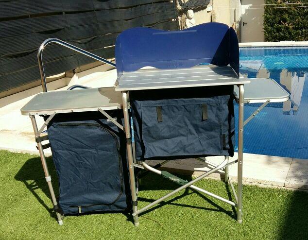 Mesa cocina camping de segunda mano por 135 € en Anglès en WALLAPOP