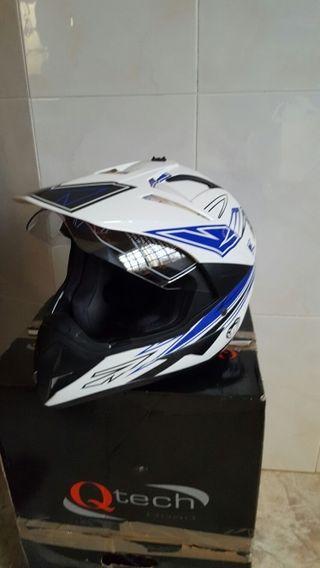 Casco de Motocross.