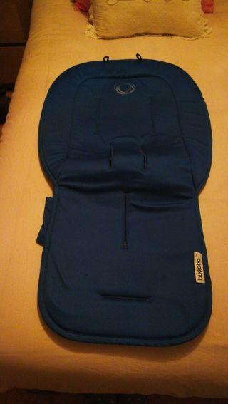 colchoneta de verano azul royal de Bugaboo