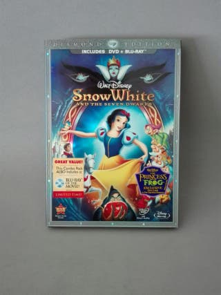 Snow White and the Seven Dwarfs Blu-Ray Diamond