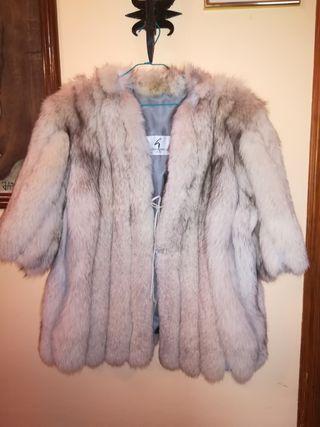 Abrigo de piel zorro