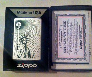 Zippo American Icon Modelo 205 - Satin Chrome